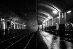 Pierre-Pichot_Strangers-in-the-dark-VII_web.jpg (1200×800)