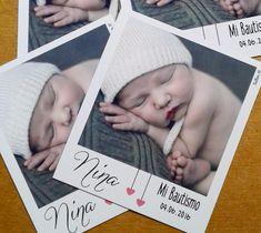 Souvenir Polaroid Foto Iman 22 Unid. Cumpleaños Bautismo - $ 120,00 Boy Baptism, Baptism Gifts, Christening, Polaroid, Ideas Bautismo, Foto Iman, Baby Shower Deco, Baptism Decorations, Baby Comforter