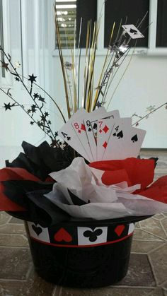 Casino party theme centerpiece magic party, magic theme, poker party, c Casino Party Decorations, Casino Theme Parties, Party Centerpieces, Party Themes, Party Ideas, Themed Parties, Centerpiece Ideas, Diy Party, Las Vegas Party