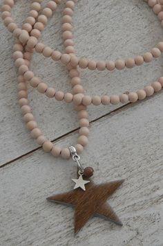 Ketting houten kraal 'naturel' met bedel ster, vacht ster en kraal half-edelsteen | KETTING HOUTEN KRAAL | Bij de Zussen