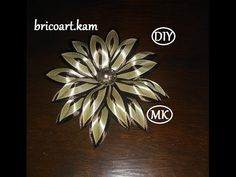 DIY/MK/Tutorial/Kanzashi ribbon flower/Flor de cinta/канзаши :bricoart.kam - YouTube