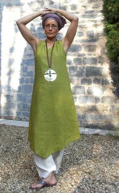 set in Linen:Tunic absinthe green color white harem pants
