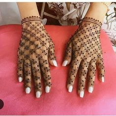 121 Simple mehndi designs for hands || Easy Henna patterns with Images | Bling Sparkle