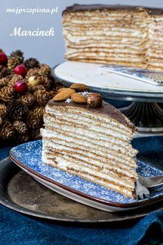 mojprzepisna.pl | Marcinek - tradycyjne ciasto z Podlasia Ciasto, które zrobiło absolutną furorę na imprezie Sylwestrowej 2017/2018, każdy dosłownie każdy, kto go spróbował zarzekał się, że to najlepsze ciasto, jakie ostatnio jadł. Ciasto składa się tylko z kilku składników, jest na prawdę pyszne, trud i czas... Vanilla Cake, Ale, Pudding, Sweets, Bread, Food, Kuchen, Gummi Candy, Ale Beer