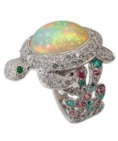 Bague Tortue by Mathon Or blanc Diamants Opale du Wollo Saphirs roses Tourmalines de Paraïba Emeraudes