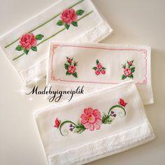 Cross stitch towels  İnstagram  / madebyigneiplik