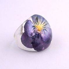 Married to 3D. Purple Pansy Resin Ring.  Pansy Violet Viola Resin Ring.  Pressed Flower Ring.  Handmade Jewelry with Real Flowers - Purple Yellow Violet