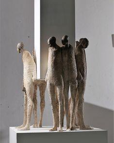 black and white - men - figurative sculpture - Max Leiva Pottery Sculpture, Sculpture Clay, Abstract Sculpture, Ceramic Figures, Ceramic Art, Contemporary Sculpture, Contemporary Art, Sculptures Céramiques, Wow Art