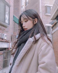 Korean Fashion Trends you can Steal – Designer Fashion Tips Ulzzang Girl Fashion, Style Ulzzang, Mode Ulzzang, Ulzzang Korean Girl, Ulzzang Girl Selca, Woman Fashion, Pretty Korean Girls, Korean Beauty Girls, Cute Korean Girl
