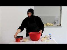 Ένα βίντεο για την παρασκευή προσφόρου - YouTube Greek Recipes, Holiday Baking, Salad Dressing, Food To Make, Deserts, Food And Drink, Cooking Recipes, Faith, Bread