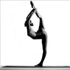 Nude Yoga Girl 11