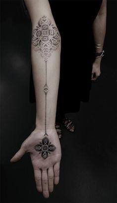 stippling tattoo by Japanese artist Kenji Alucky #tattoo #ink