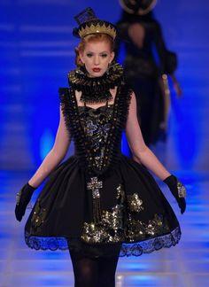 #runway  #art #dress #photography #JenkasFashion #couture #Russian #Luzhina #kokoshnik #renaissance #newyerkcouturefashionweek
