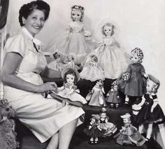 """She was an American entrepreneur who created the first """"collectible"""" dolls based on a licensed character – Scarlett O'Hara from the book and movie Gone with the Wind. She was also one of the early creators of mass-produced dolls in honor of living people. Old Dolls, Antique Dolls, Vintage Dolls, Matisse, Vintage Madame Alexander Dolls, Poppy Parker, Doll Maker, Dollhouse Dolls, Collector Dolls"""