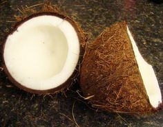 Kristas Kitchen: What To Do With A Coconut (Basic Smoothie Ingredients) Raw Coconut, Coconut Oil Uses, Fruit Recipes, Real Food Recipes, Bountiful Baskets, Smoothie Ingredients, Food Hacks, Food Tips, Cooking Tips