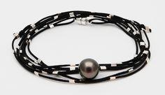 Bracelet-collier perle de Tahiti et perles en argent sur cordon double noir Vertige.