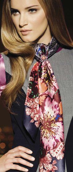 1739 nejlepších obrázků z nástěnky silk scarfs  d4186ab423
