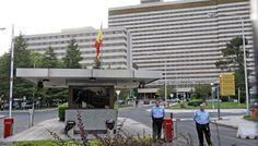 Defensa denuncia a los gestores del hospital militar central ante la Fiscalía | Política | EL PAÍS