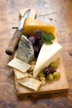 Cheese Plate 101: Building the Perfect Platter