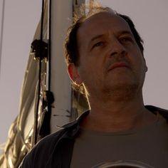 Thriller y drama intimista con Julio Chávez