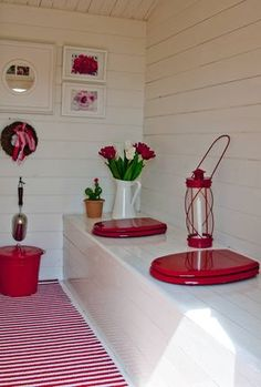 Rustic Lighting Ideas For Country And Rustic Home Look – Rustic Home Decor Outhouse Bathroom, Outhouse Decor, Outhouse Ideas, Outside Toilet, Outdoor Toilet, Outdoor Garden Bar, Outdoor Bathrooms, Red Cottage, Composting Toilet
