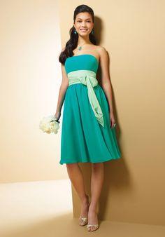 Green Chiffon Flat Neckline Knee Length Strapless Bridesmaid Dress