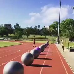 Riding on fitness balls,Funny, Funny Categories Fuunyy interesting fitness video Source by helgaprimes. Funny Vid, Stupid Funny, Funny Cute, Haha Funny, Really Funny, Hilarious, Funny Humor, Funny Stuff, Funny Relatable Memes