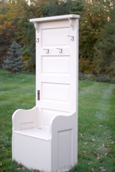 Reuse old doors to create a bench or sitting area in entry way. Door Furniture: Hall Trees