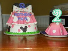 Minnie Mouse cake - baby