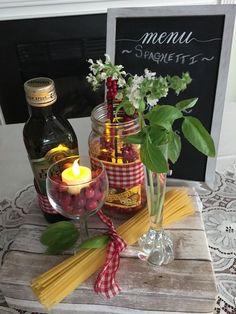 Italian Wedding Theme Party Gold - italian themed party in 2019 Italian Table Decorations, Italian Centerpieces, Dinner Party Decorations, Dinner Themes, Decoration Table, Church Decorations, Table Centerpieces, Dinner Ideas, Wedding Decorations
