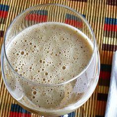 Almond Mango Milkshake by Chlorophylle en Lémurie intérieure # vegan, raw
