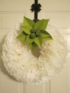 DIY Home Decor Tutorial: Coffee Filter Wreath | The Rush of Life Coffee Filter Wreath, Decorating Ideas, Craft Ideas, Cupcake Liners, All Craft, Door Wreaths, Dyi, Diy Home Decor, Diy And Crafts