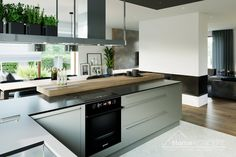 Projekt domu HomeKONCEPT-40 | HomeKONCEPT Küchen Design, House Design, Kitchen Island, Kitchen Cabinets, Home Decor, Home Plans, Plants, Contemporary Design, Projects