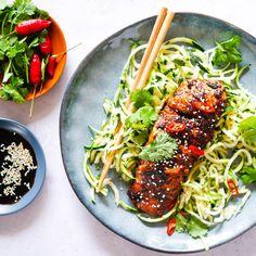 Miso Salmon by Leah Itsines Salmon Recipes, Seafood Recipes, Cooking Recipes, Healthy Recipes, Healthy Food, Fish Recipes, Healthy Habits, Healthy Meals, Recipes