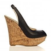Merhaba, Butigo'da Ivana Sert benim için bu ayakkabıyı seçti. Sizce bana nasıl gider