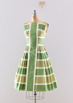 Beautiful use of a print vintage 1950s dress / 50s day dress / vintage by PickledVintage