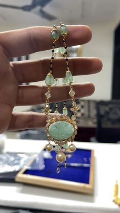 Jewelry Design Earrings, Beads Jewellery Designs, Gold Jewellery, Gold Earrings, Gold Necklace, Gold Bangles Design, Gold Jewelry Simple, Making Ideas, Gold Mine