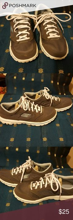 Go walk Skechers Ladies size nine and a half almost New go walk Skechers great condition Skechers Shoes Athletic Shoes
