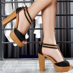 mode. Shoes.