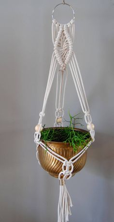 MAINA Macramé Plant Hanger / Hanging Planter Macrame Plant Hanger Patterns, Macrame Wall Hanging Diy, Macrame Plant Holder, Macrame Curtain, Macrame Patterns, Wall Plant Hanger, Macrame Design, Crochet Flower Patterns, Macrame Projects