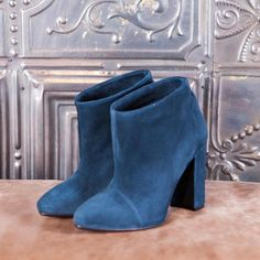BERLIN - blue suede  #altiebassi #autumn #winter #italianshoes