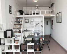 43 Ideas Bedroom Loft Space Tiny House For 2019 Tiny Apartments, Tiny Spaces, Loft Spaces, Small Space Living, Living Spaces, Bedroom Loft, Bedroom Decor, Modern Tiny House, Loft Style