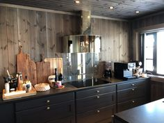 Scandinavian Style, Chalet Interior, Interior Design, Chalet Design, Open Plan Kitchen Living Room, Mountain Style, Cabin Kitchens, Rustic Design, White Wood