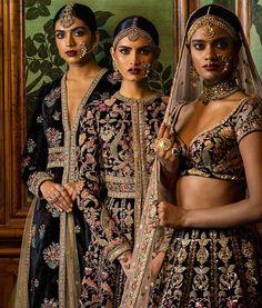 "Couture #FIRDAUS #HeritageBridal #HandCraftedInIndia Jewellery by @kishandasjewellery…"""