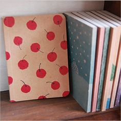 "Product Information: Type: Notebooks Material: Paper Cover Hardness: Soft Copybook Side Binding Mode: Fitted Features: 80 pages Size: 4.9"" x 3.5""/12.5cm x 9cm Package Includes: Mini Vintage Journal & Sketchbook"