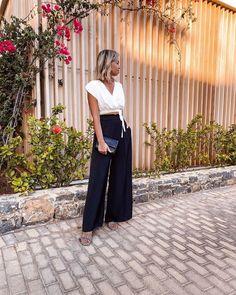 "𝐕𝐄𝐑𝐄𝐍𝐀 | Fashion Blogger on Instagram: ""Palazzo Pants Love 🖤 Mögt ihr weite Hosen auch so gern? #ootdinspo #palazzopants #widelegpants #zaraoutfit #zarawoman #croptop…"""
