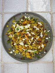 Veggie pilaf with toasted nuts & feta Jamie Oliver Rice, Jaimie Oliver, Rice Recipes, Vegetable Recipes, Brown Rice Pilaf, Rice Nutrition, Spicy Prawns, Prawn Curry, Grain Salad