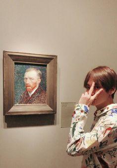 Taehyungs Tweet. Taehyung @ Chicago Museum