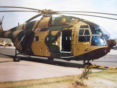 Super Frelon Military Helicopter, Military Aircraft, Aigle Animal, Sud Aviation, Airbus Helicopters, South African Air Force, Air Force Aircraft, War Image, Defence Force