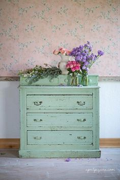 Shabby, chippy dresser with roses
